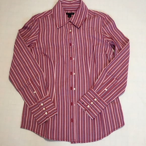 Tommy Hilfiger Tops - Tommy Hilfiger career button down Shirt Size SP